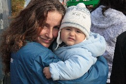 home_1_00 Mutter und Kind gehören zusammen.